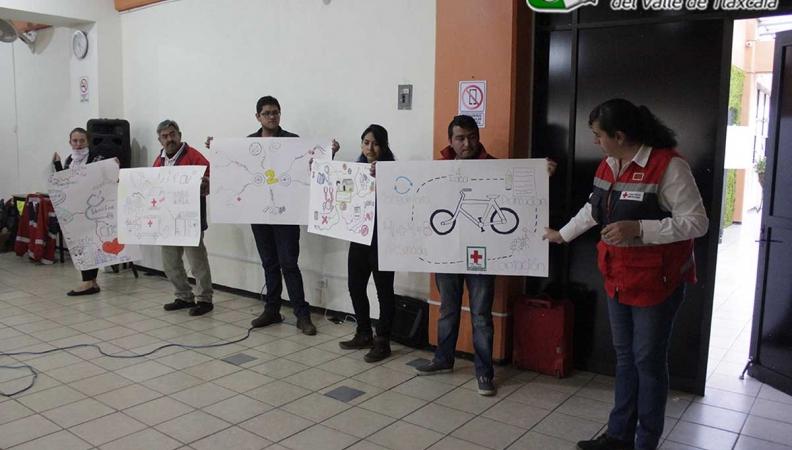 CRUZ ROJA CAPACITA A INSTRUCTORES BÁSICOS EN LA UVT