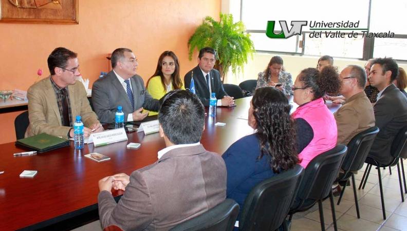 LA UVT A LA VANGUARDIA CON MEXICANA DE BECAS