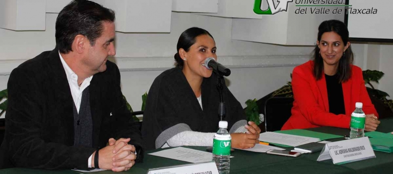 GREEN SCHOOL DE APIZACO PREMIA A ALUMNOS UVT