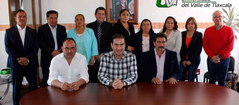LA UVT FIRMA CONVENIO CON EL MUNICIPIO DE XALTOCAN